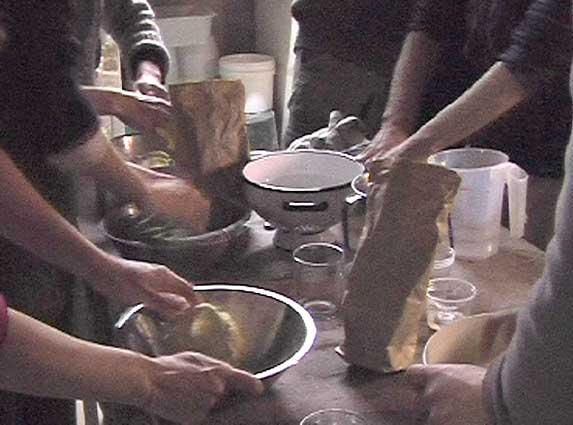 Atelier nouilles à la Calebasse